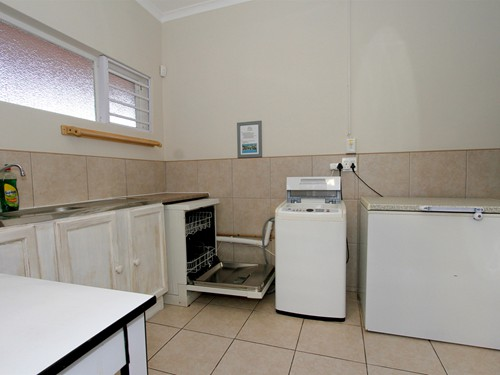 22 House Scullery