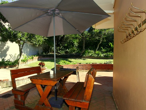 9 Rosewood Braai facing garden